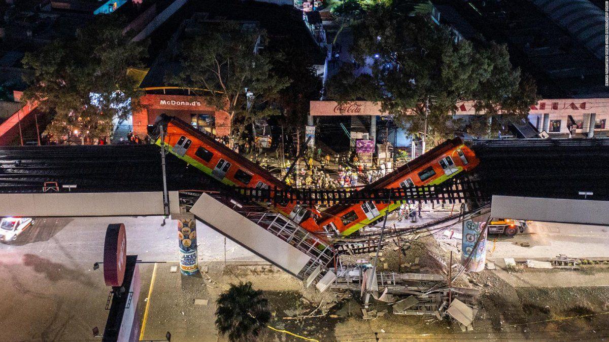 Al menos 25 muertos por el derrumbe de un tramo del metro de Ciudad de México
