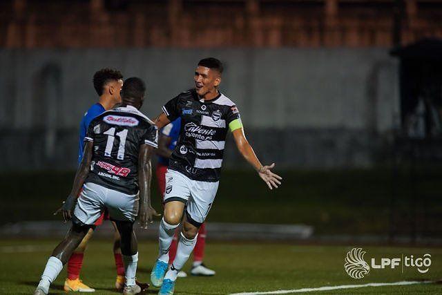 Edwin Aguilar: el gol del histórico goleador de Tauro